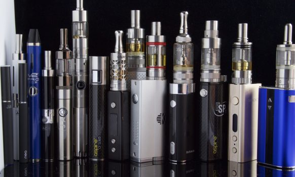 Finding, Testing and Reviewing the Best Electronic Cigarettes, Advanced Personal Vaporizers and Vape Mods